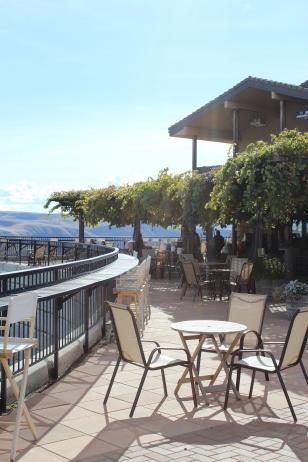 Maryhill Winery patio